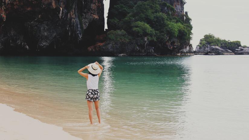 Videos: Troles parecidos a ewoks realizan ritual extraños en una playa tailandesa