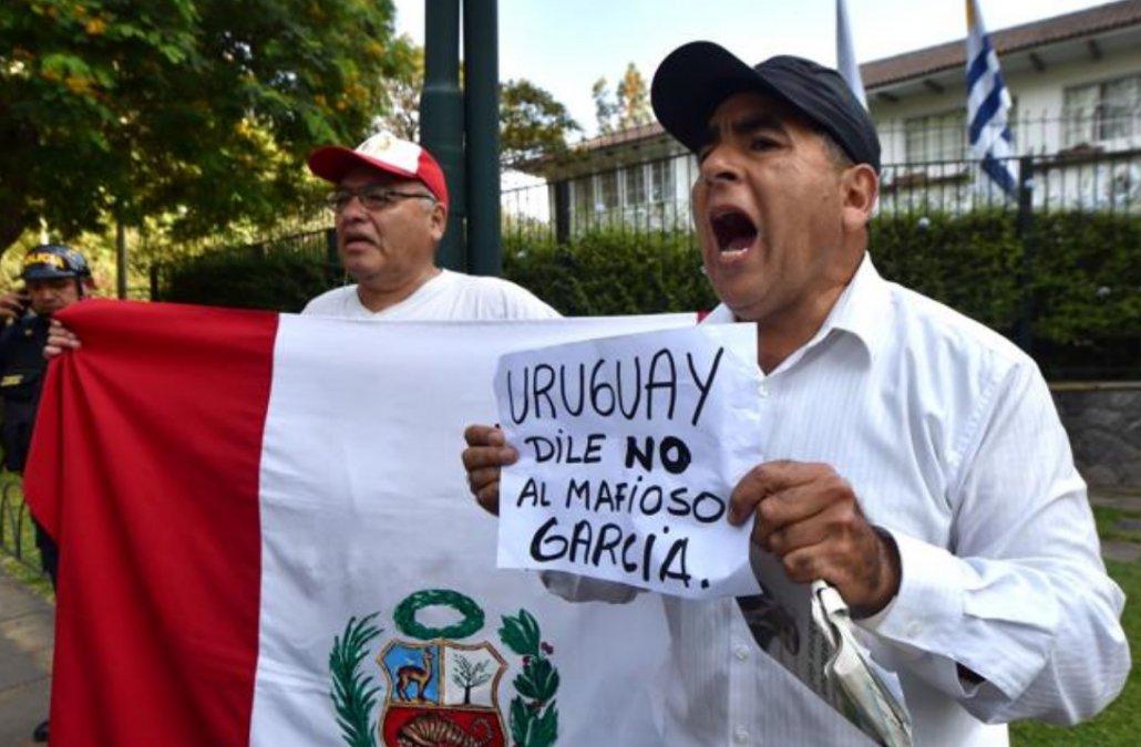 VÍDEO. Alto grado de repudio en Uruguay al pedido de asilo de Alan Garcia