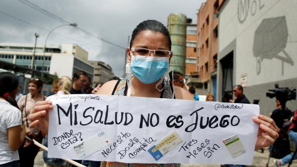 Grandes cantidades de venezolanos con VIH acuden a Perú y Colombia en busca de ayuda