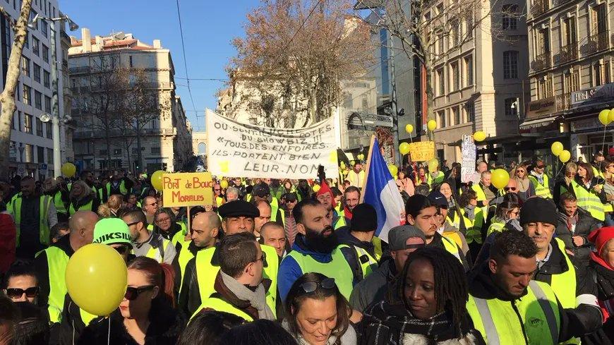 VIDEO. Séptimo sábado consecutivo de protestas de las chalecos azules de Francia