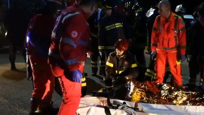 Estampida en discoteca de Italia deja al menos 6 muertos y decenas de heridos