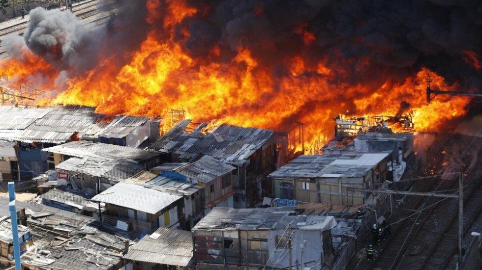 Brasil. Unas 600 casas fueron destruidas por incendio en capital amazónica