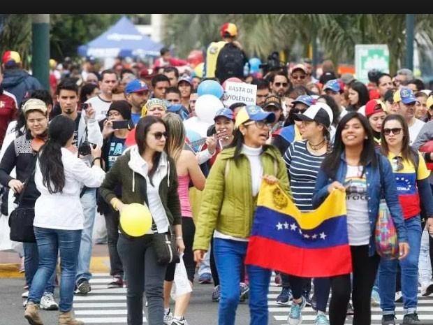 Gobierno peruano evalúa nuevas medidas migratorias ante multitudinaria llegada de venezolanos