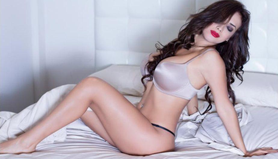 VÍDEO. La sensual Rosángela Espinoza demasiado hot en su nuevo calendario 2019