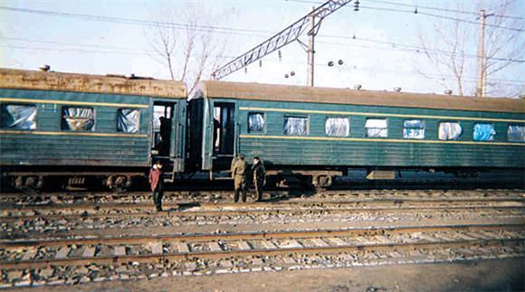 Un tren especial de Corea del Norte cruza la frontera con China