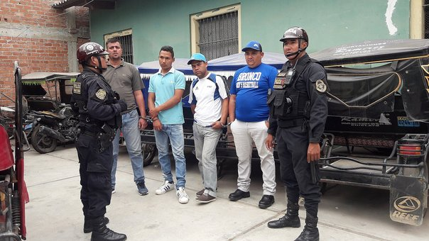 Cuatro venezolanos son acusados de robar celular a adolescente