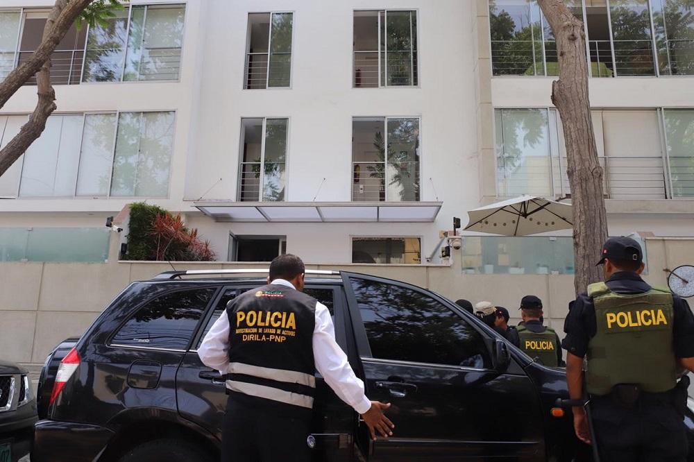 Perú: Son allanadas oficinas de árbitros que ayudaron a Odebrecht con sus fraudes millonarios