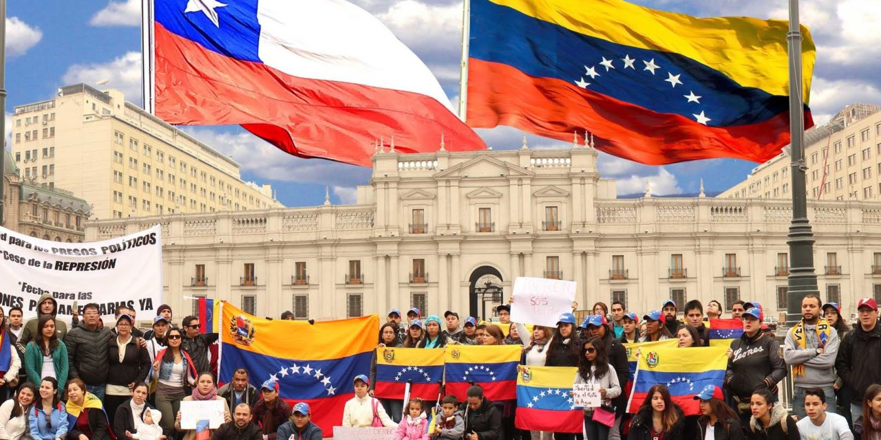 Invasores Venezolanos desplazan a peruanos y son la colonia extranjera mas numerosa en Chile