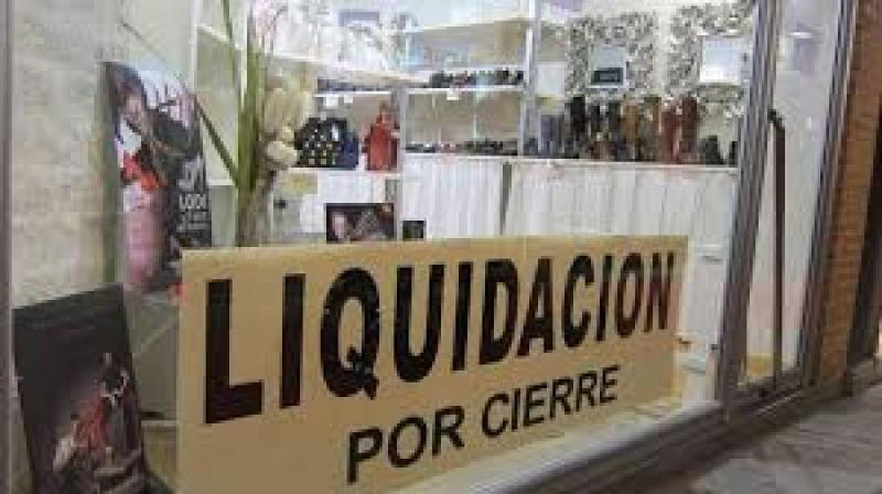 Argentina: Fuerte crisis desatada en el país ha provocado más de 2100 cierres empresarios en sólo tres años