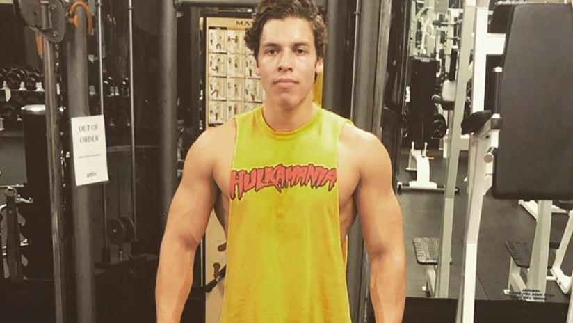 El hijo de Arnold Schwarzenegger posa en una foto de Instagram con una pose digna de su padre