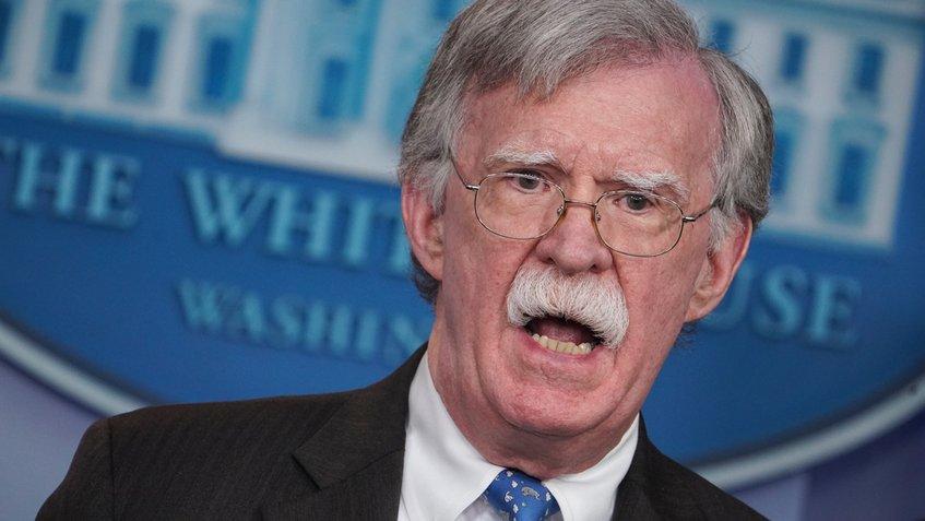 John Bolton asegura que EEUU busca formar una coalición para remplazar a Maduro