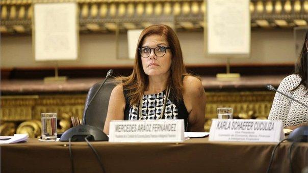 Perú: Mercedes Aráoz levanta duras palabras contra los congresistas alegando que no son actores de telenovelas