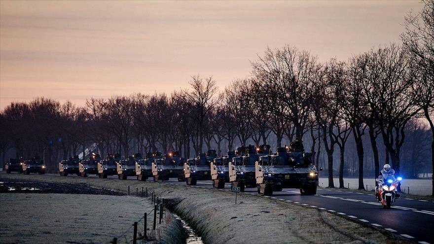 Francia planea desplegar provocativamente una gran cantidad de tanques y tropas en fronteras rusas