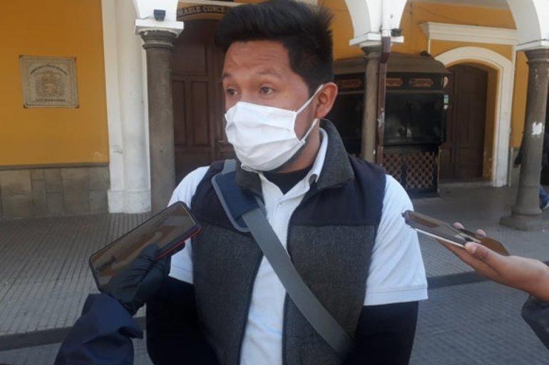 Añez usa la pandemia para postergar elecciones