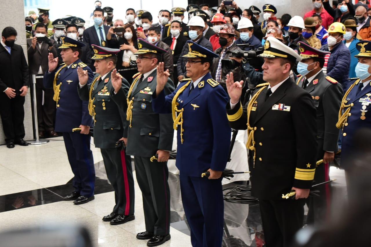 Alto mando Militar Boliviano
